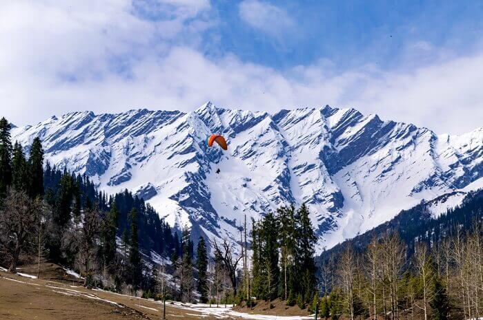Manali, Himachal Pradesh - Winter Holiday Destinations