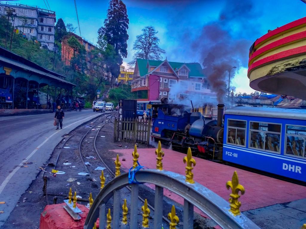 Darjeeling Himalayan Railway - Places to visit in Darjeeling