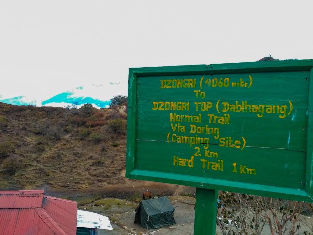 A signboard at Dzongri