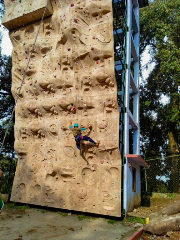 Sports climbing competition