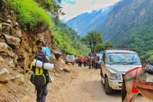 Starting the trek to Ghangaria