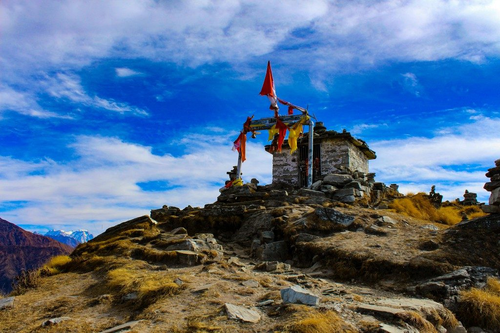 Temple at Chandrashila summit - Deoriatal Chandrashila Trek