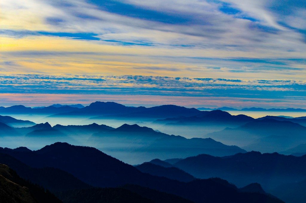 View from Chandrashila Summit - Deoriatal Chandrashila Trek
