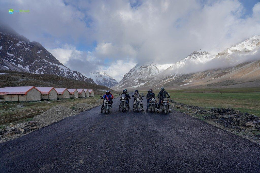 Group starting from Sarchu - Manali to Leh Ladakh