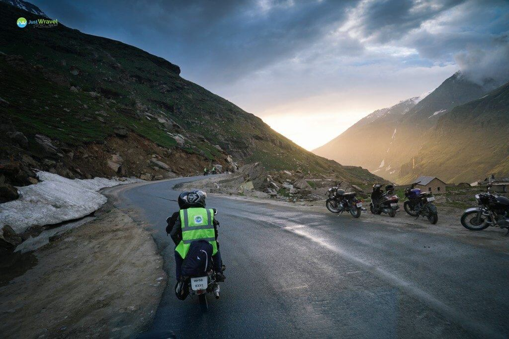 Riding through Rohtang Pass - Manali to Leh Ladakh