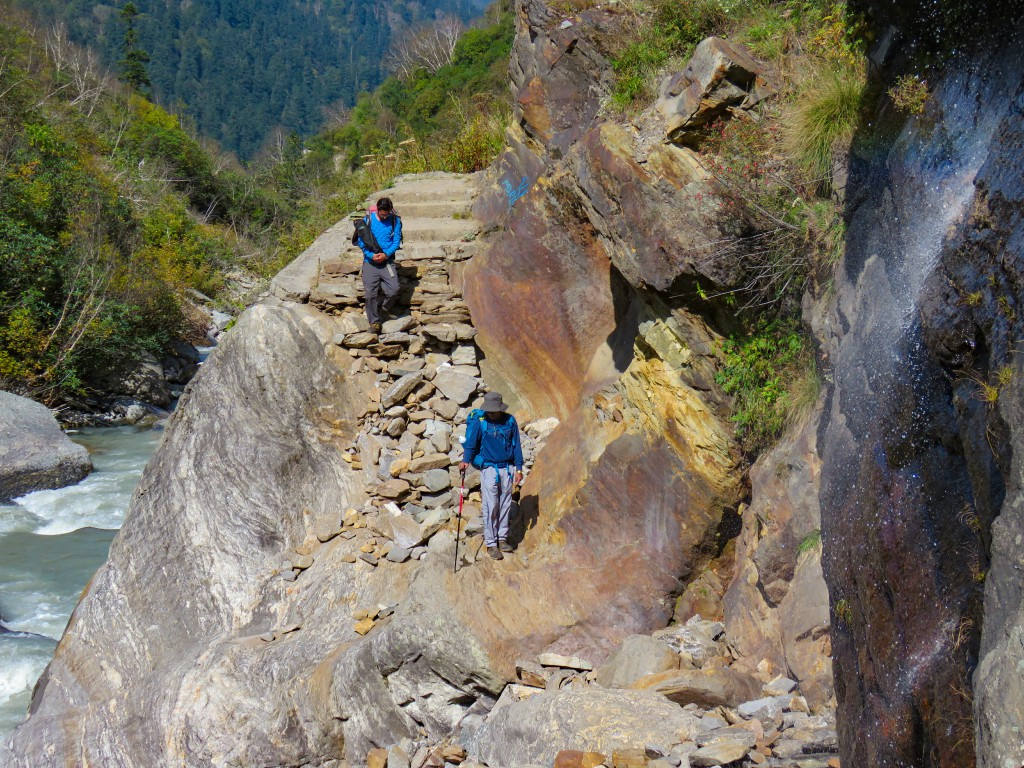 Crossing a tricky patch while approaching towards Rainbasera - Bali Pass Trek
