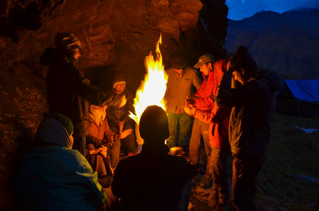 Bonfire Session at Odari - Bali Pass Trek