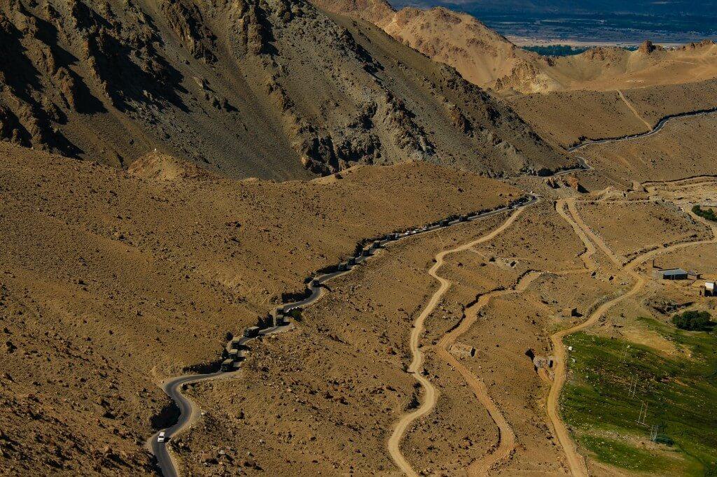 Road to Khardung la - Ladakh Road Trip