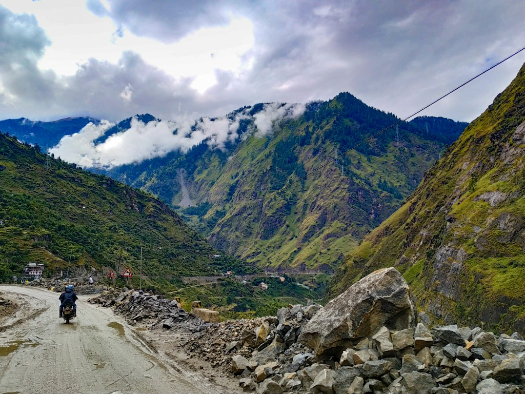 While on our way to Chitkul - Road Trip to Kalpa & Chitkul